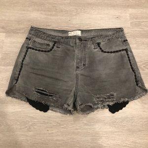 Free People Raw Hem Distressed Jean Shorts Sz 29